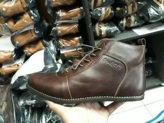 Sepatu kulit bradleys