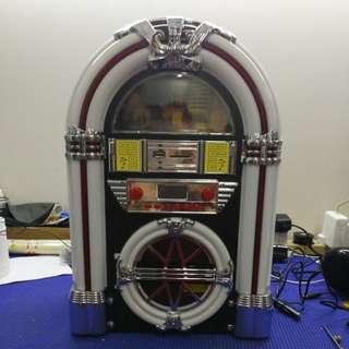 Mini Retro Jukebox