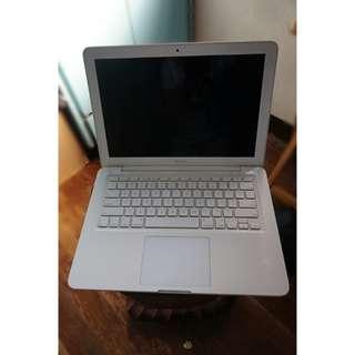 Macbook First Generation
