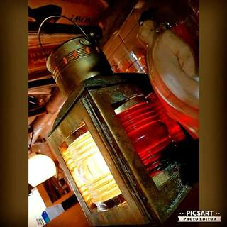 "Antique Brass Centre Ship Light with 3 Colours (Red, Green and Normal). Rarely in Working Condition like this one, and you can light it up on Kerosene or Oil. Good Condition. 6.5"" x 6.5"" x 11""h. $128, sms 96337309."