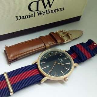 Daniel Wellington (DW) Biru merah