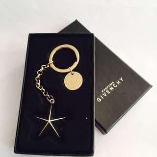 Givenchy 金星鎖匙扣