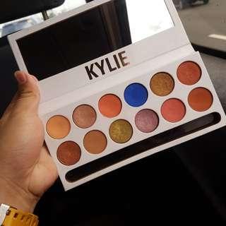 Kylie Cosmetics Royal Peach Palette