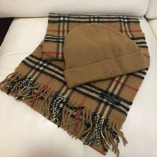 Burberry scarf hat set