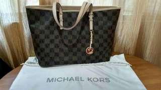 Michael Kors (MK) Bag