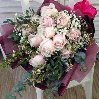 Valentine's Day Bouquet | Pre-Order | 01