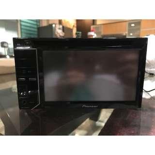 Pioneer car stereo AVH-2350 DVD