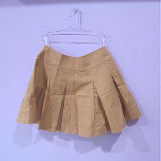 pleated skirt uniqlo
