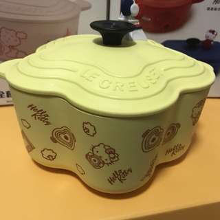 Le Creuset for Hello Kitty