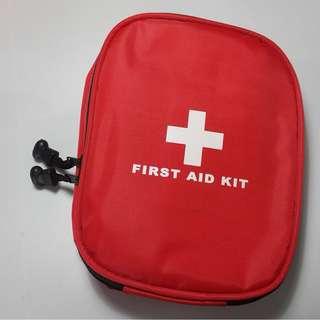 New Medium First Aid Kit, Travel Safety Medic Kit Bag