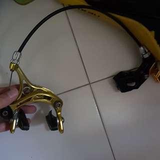 Golden fixie brakes
