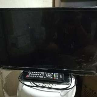 Devant 24Inch LED TV