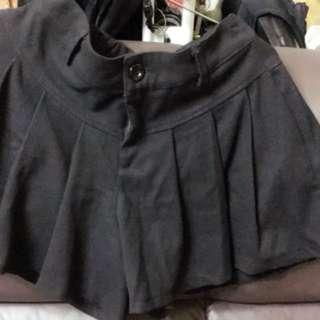 🚚 黑色短褲裙