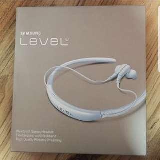 BNIB Samsung Level Bluetooth Headset