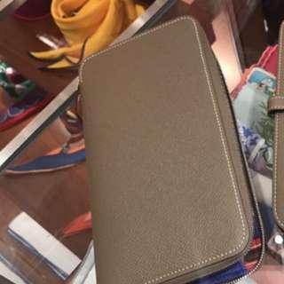 Hermes brand new long wallet - silk in wallet in etuope color