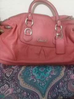 Used coach handbags..still gd no tear!$ 50 f