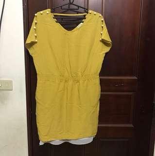 芥黃色珍珠洋裝