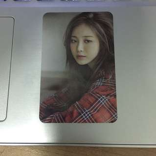 Yura Girls Day Photocard