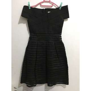 Giovana Black Dress