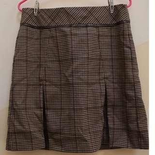 BNWT Next plaid skirt