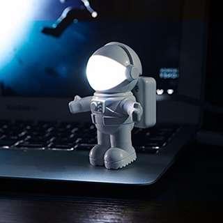 Hot Sale Brand New Creative Spaceman Astronaut LED Reading Light Flexible USB Light for Laptop PC Notebook USB Reading Light LED