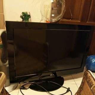LG液晶電視32吋(經濟又實惠)
