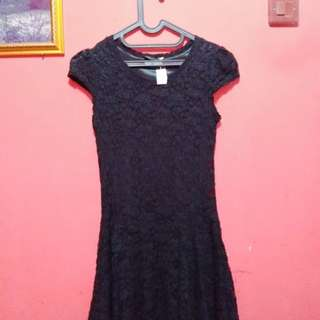 Mini Dress Hitam brukat