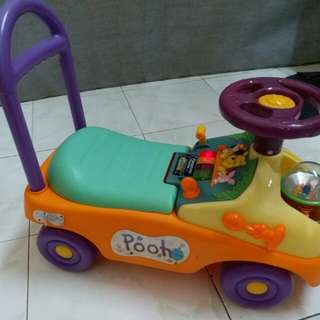 Kereta Mainan ride on car disney Pooh