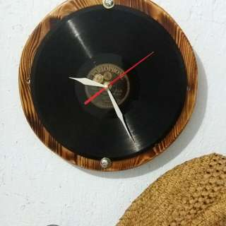 Wooden wall clock - Vinyl record style