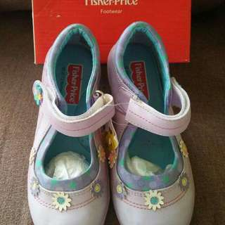 Fisherprice purple shoes US11 for 5-6yrs old