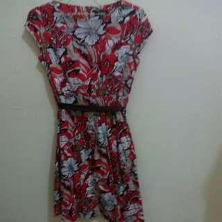 Dress merah motif bunga