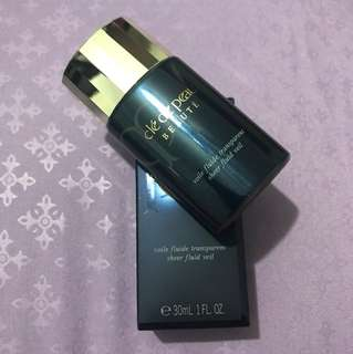 Cle De Peau make up base