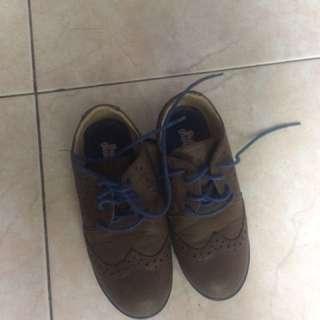 Sepatu anak merk bubblegumers uk 28