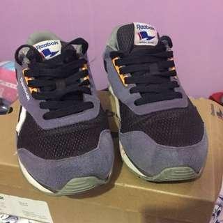 SEPATU MURAH reebok . Reebok original . Sepatu lari murah . Sepatu murah