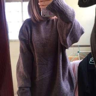 紫灰色小高領毛衣