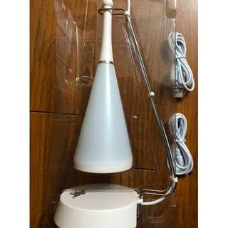 放全新HKJC - USB 檯燈連喇叭