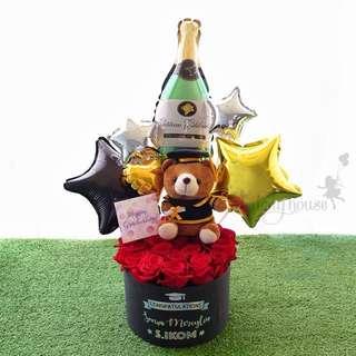 Graduation Balloon& Flower Bouquet