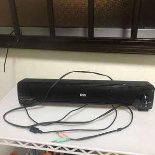 Decent working used speaker. Sound still in original condition.
