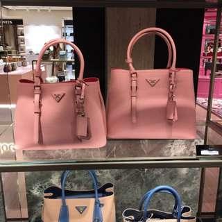 Prada saffiano tote bag  Handbags 淺粉拼深粉色