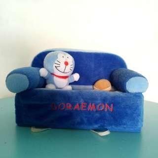 Tempat tissue meja doraemon