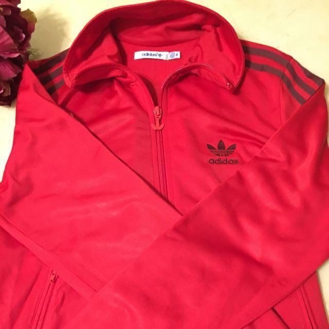 Adidas紅色運動外套(正品)女裝,尺寸36號