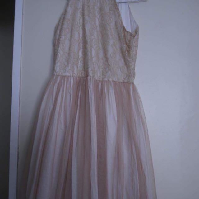 Angle bilba dress