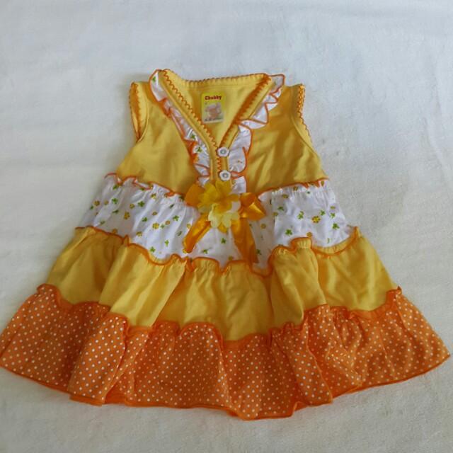 Baju Gaun Kuning