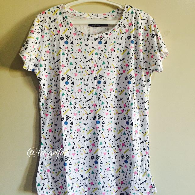 🌸Bershka White Shapes Printed Overrun tees t shirt