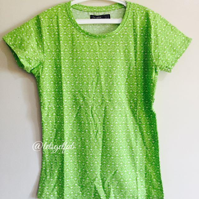 🌸Bershka Yellow Green Printed Overrun tees t shirt