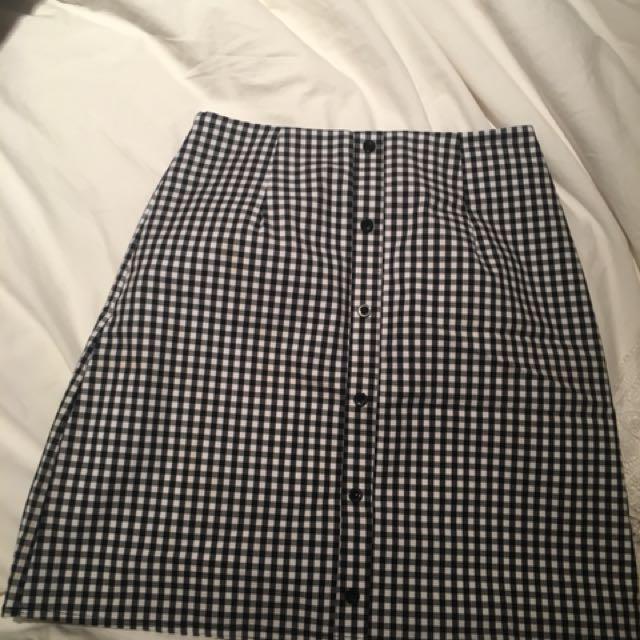 Brand new Beginning Boutique Gingham skirt