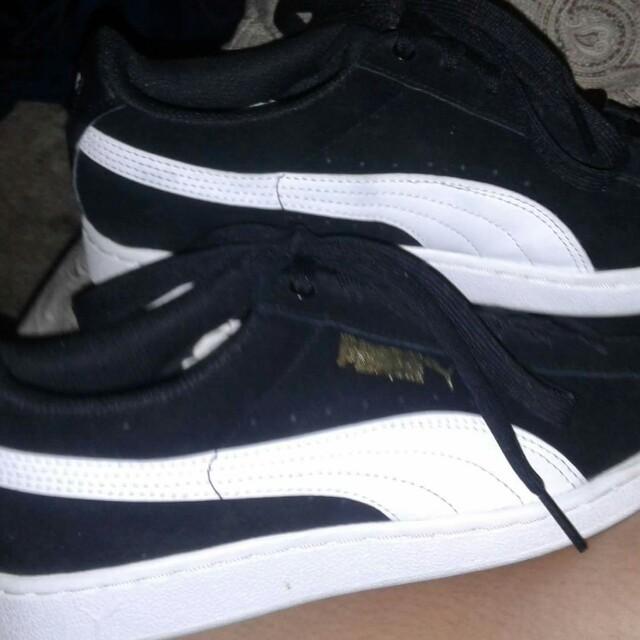 Classic Puma Shoes (slightly used