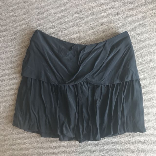 Country road black silk skirt size 8