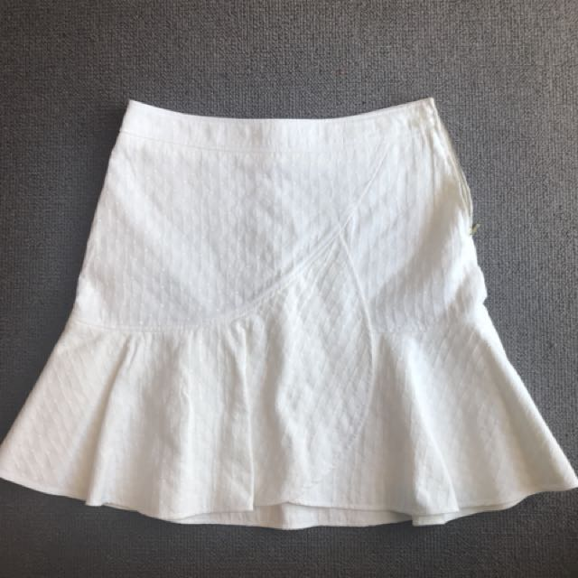Country road white skirt . Size 8 to 10