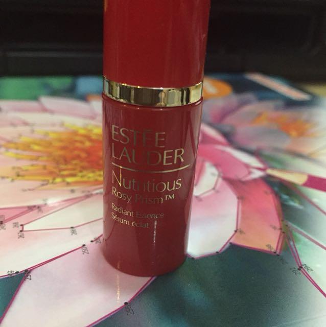 Estee Lauder nutritious rosy prism radiant essence serum 4 ml.